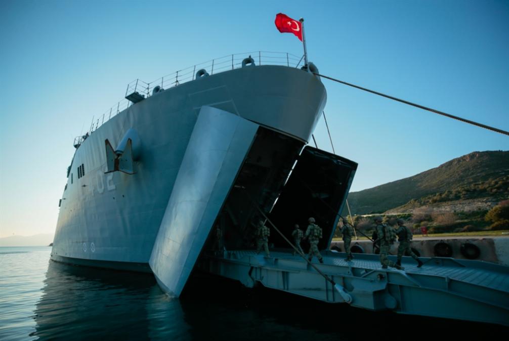 من أتاتورك إلى أردوغان... «اصنع سفينتك بنفسك»