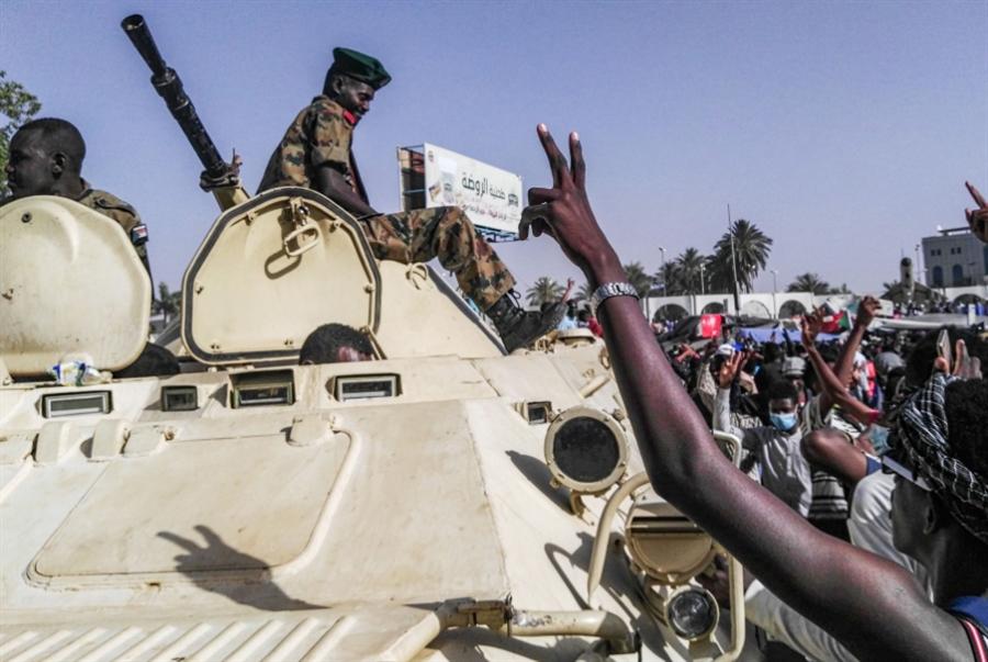 بوادر تحوّل في موقف الجيش: تفاؤل حذر يسود المعارضة