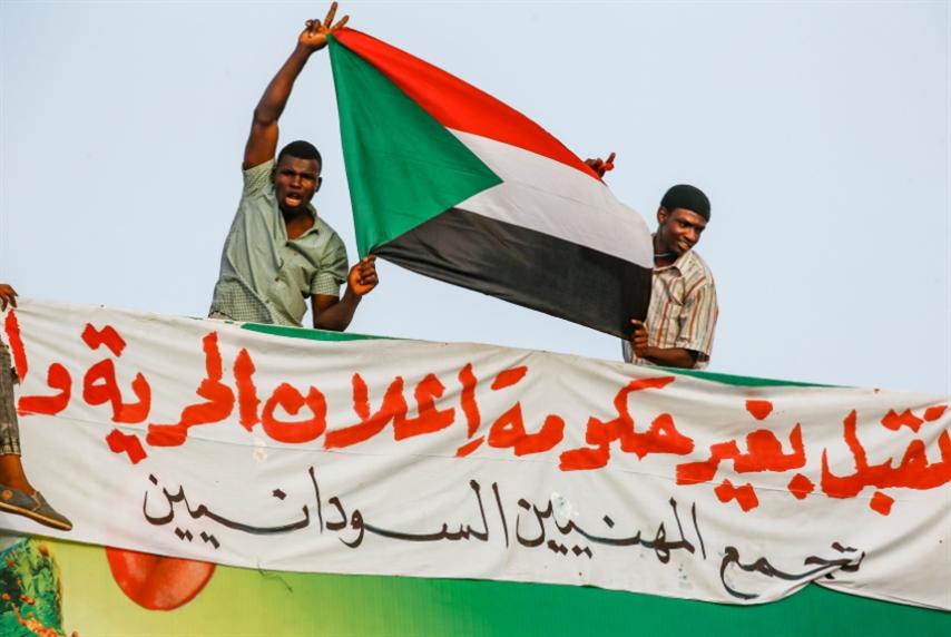 «انقلاب» في الانقلاب على البشير والشعب