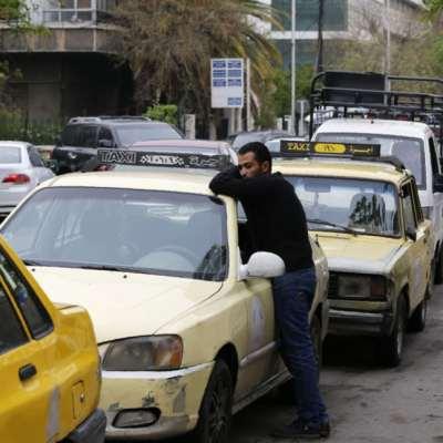 على تخوم محطات الوقود: انتظارٌ وورود ووعود