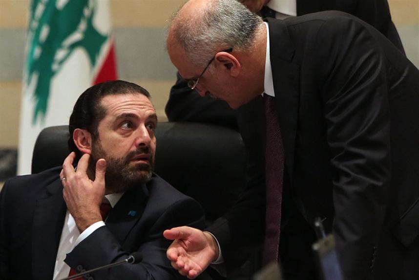وزير المال ينضم إلى المطالبين بتقليص  رواتب القطاع العام 15%