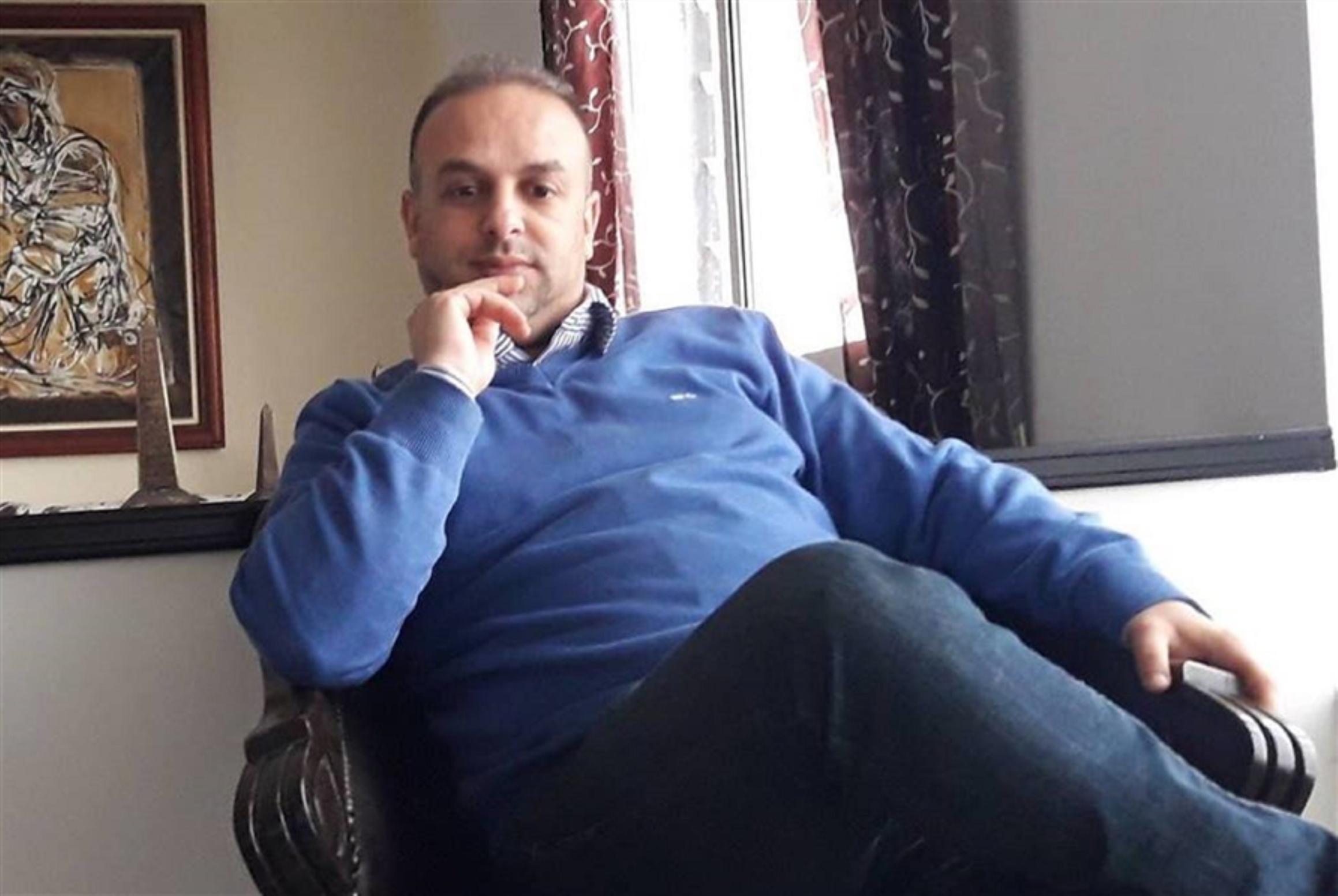 الميكروفون يقتل الشاعر محسن أخريف