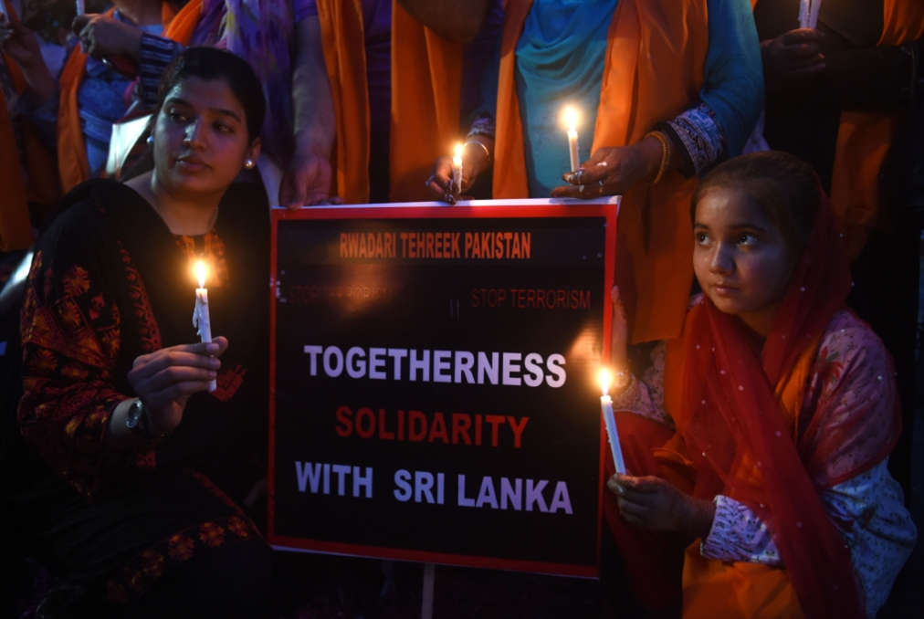 قرارٌ بتغيير قادة القوات المسلحة: «داعش» يتبنّى هجمات سريلانكا