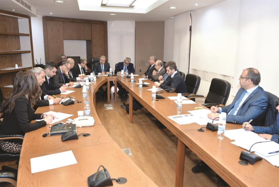 محضر جلسة لجنة الشؤون الخارجية النيابية حول النازحين