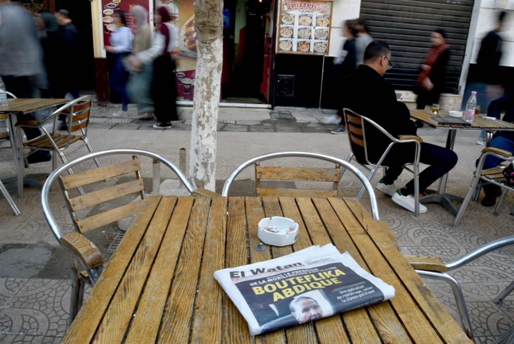 انطلاق المرحلة الانتقالية في الجزائر: جدل حول ما بعد بوتفليقة