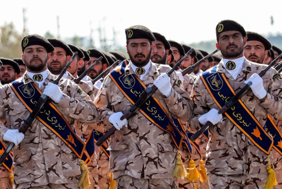واشنطن توحّد الإيرانيين: استهداف الحرس الثوري له عواقب