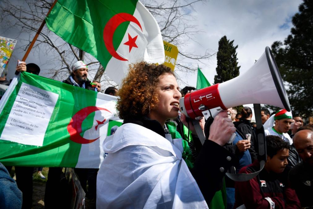 الجيش يختبر ورقة بن صالح: الحلّ الدستوري قبل السياسي