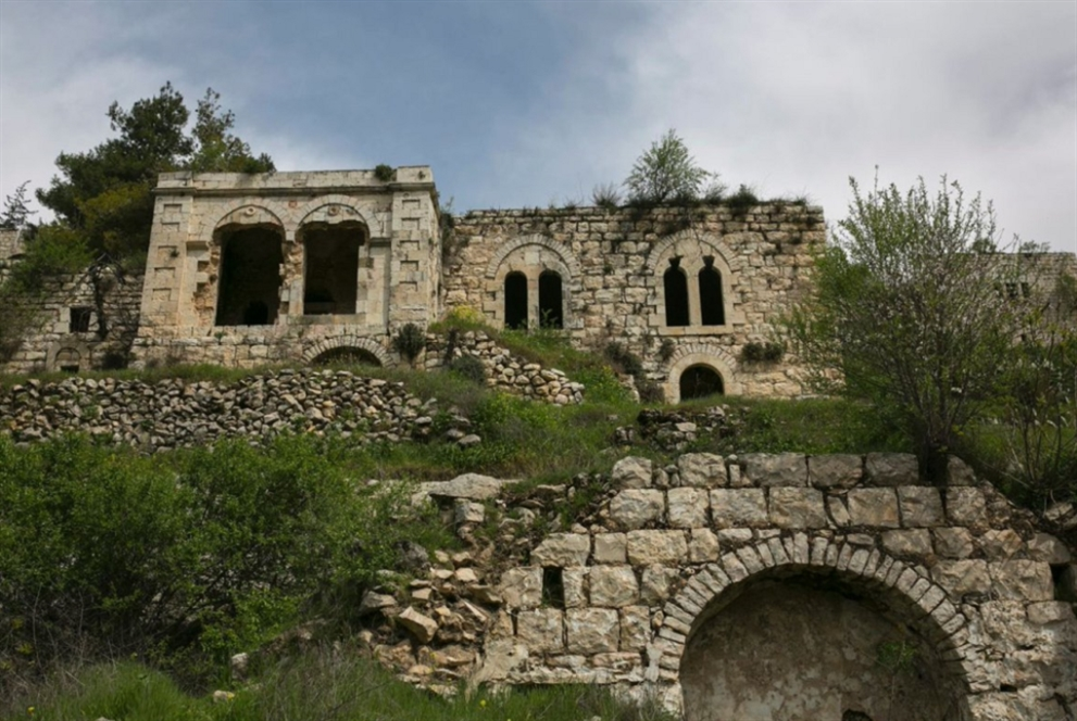 نوجا كدمان على أطلال القرى التي محتها إسرائيل من الوجود!