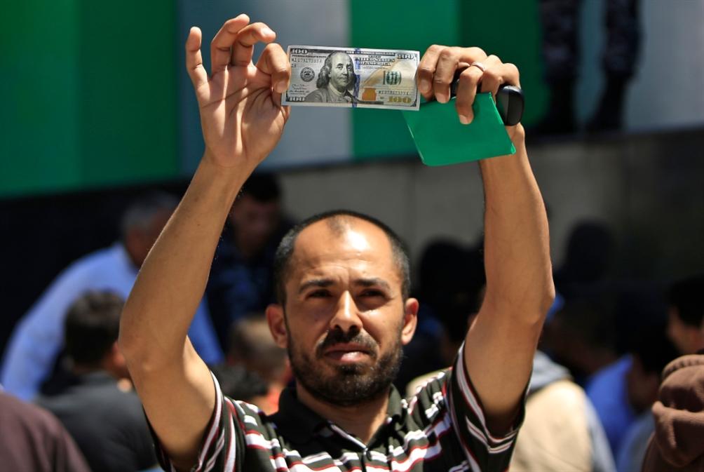 الأموال القطرية تدخل غزة: مطالبة أمميّة بتمديد الهدوء