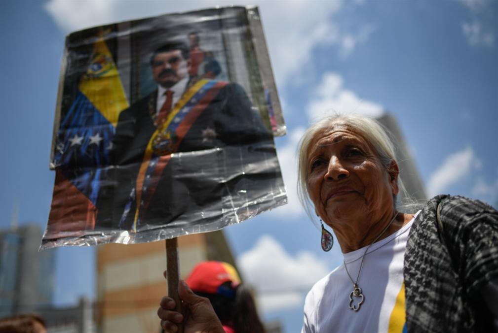 مادورو في ذكرى فوزه: الحلّ بانتخابات تشريعية مبكرة