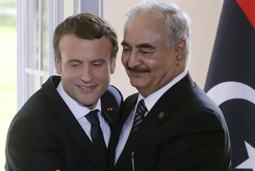 ليبيا | حفتر في باريس بعد روما: نَفَس القتال لا يزال طويلاً