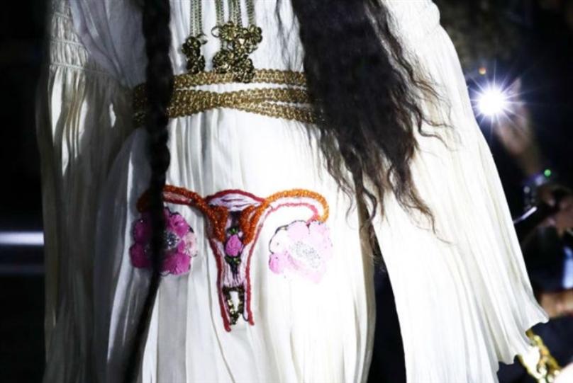 «غوتشي» تساند حرية النساء