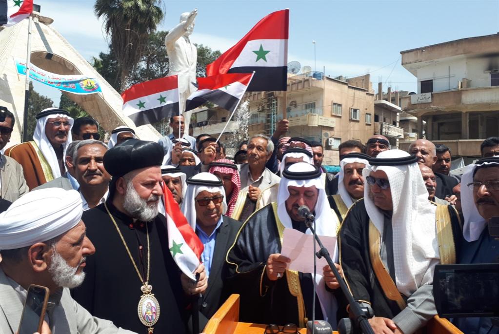 عشائر الشرق تقاطع «عين عيسى»: فشل ملتقى «قسد» الانفصالي