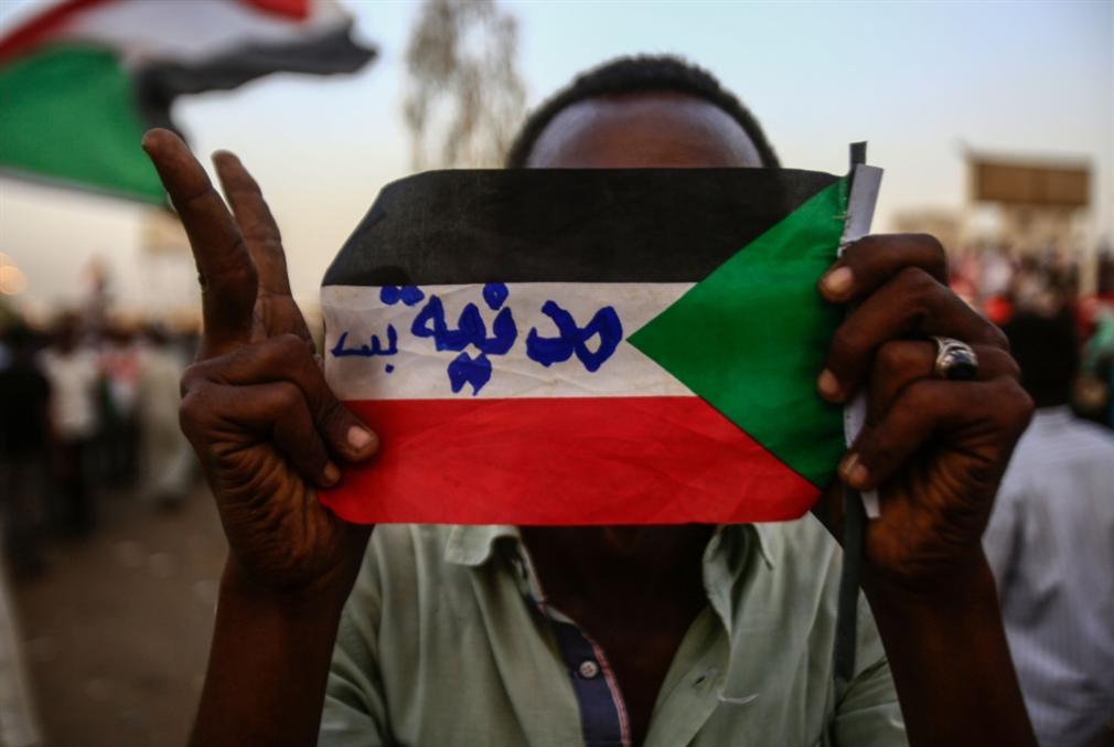 جمعة رابعة من التحشيد الشعبي: «العسكري» يتجه لرفض وثيقة «الحرية والتغيير»