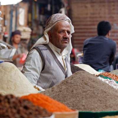 المساعدات الفاسدة... «عزاء» اليمنيين في رمضان!