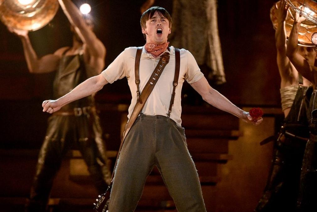 مسرحية «هايدستاون» تتصدّر جوائز «توني»