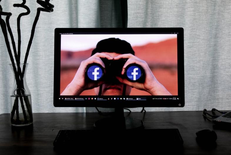 «فايسبوك» تدخل عالم الأموال من جيوبنا