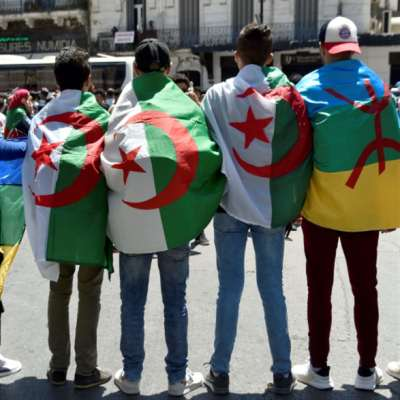 الجيش يحذّر من «رايات مشبوهة»: تحسّس أمازيغي يشعل جدل الهوية