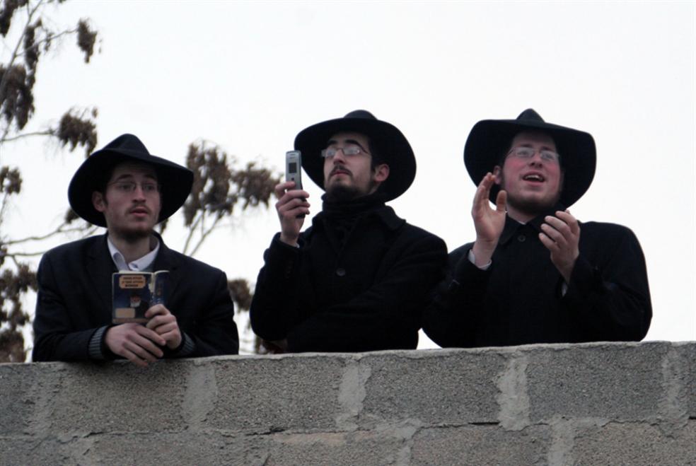حان الآن موعد إحراق علم إسرائيل!