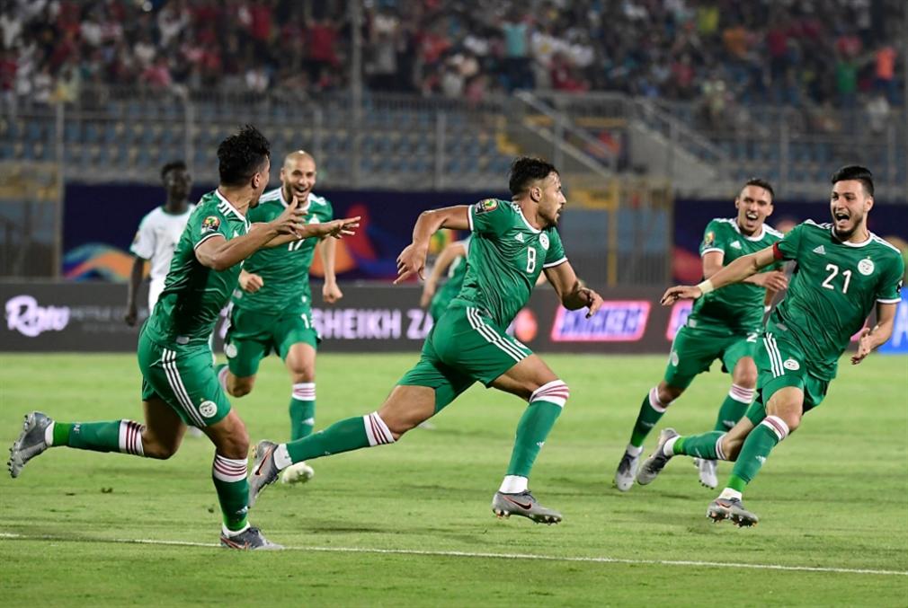 الجزائر تقلب التوقعات: المحاربون قادمون