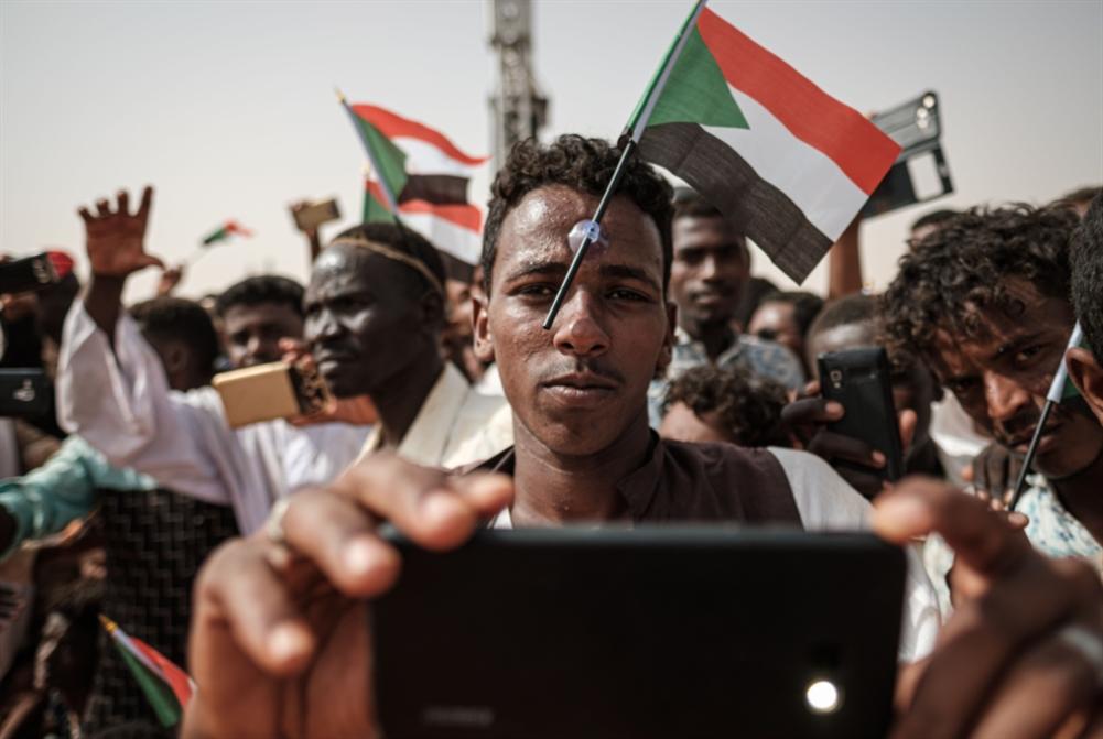 السودان | وساطة مشتركة عشية مليونية «قوى التغيير»: العسكر ماضٍ في كسر «الثنائية»