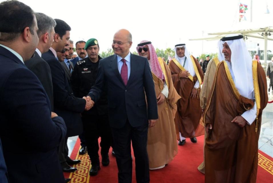 إيران تشكر العراق على «تمايزه» في مكة