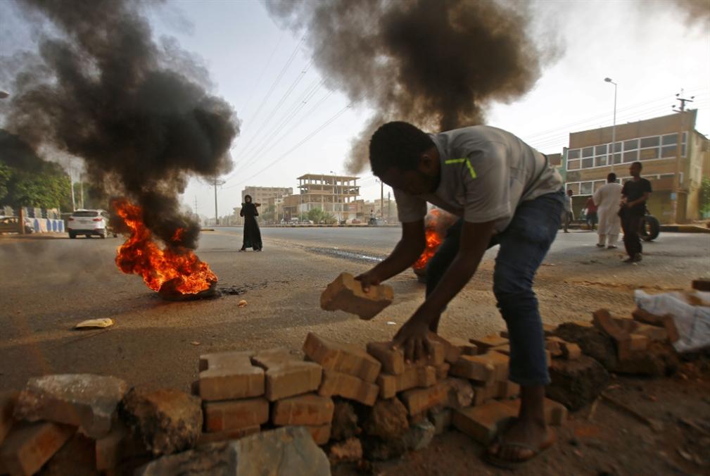 عسكر السودان: ثورة مضادة... ولو بالدم!