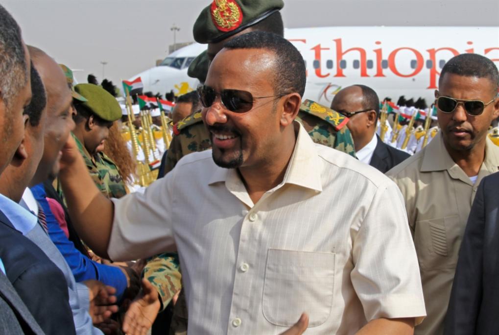 وساطة إثيوبية على أنقاض الاعتصام: لا تفاؤل بجولة تفاوض جديدة