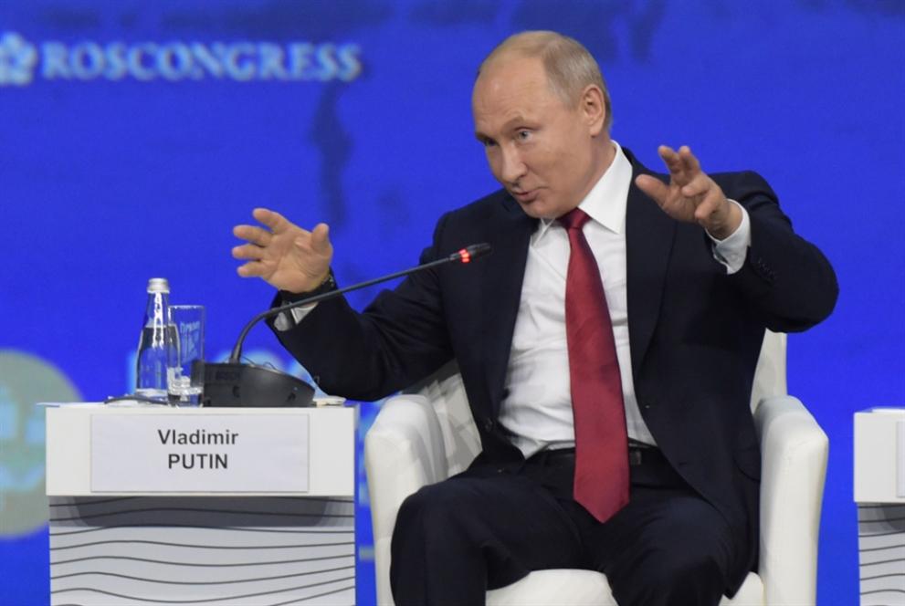 موسكو: لإعادة النظر في دور الدولار