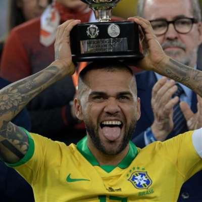 نجم ذهبي خسره برشلونة: «المجنون البرازيلي» بعث من جديد