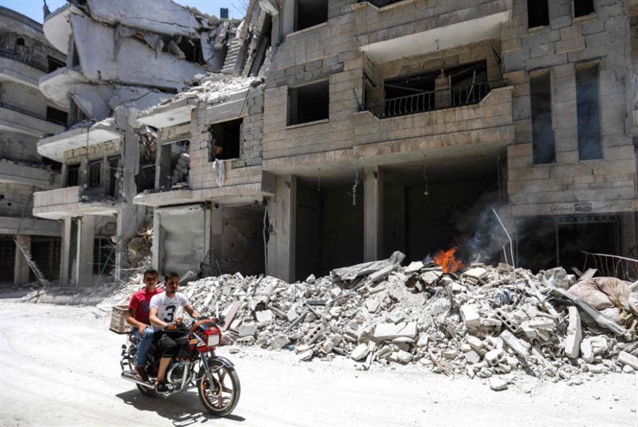 سوريا | «تفاؤل» حذرٌ بمخاض «اللجنة الدستورية»: مرحلة جديدة من «عضّ الأصابع»