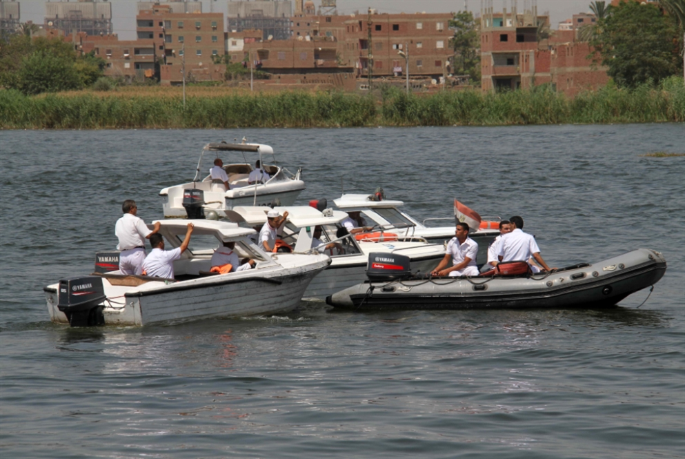 مصر | الجيش شريكاً في «دابسي»: «تاكسي» بالمروحيات والزوارق!