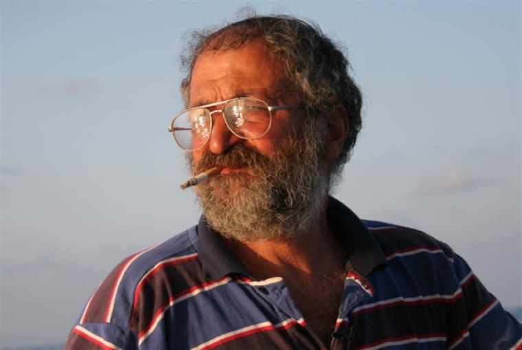 ناصر عجمي: يا أحلام الصيادين