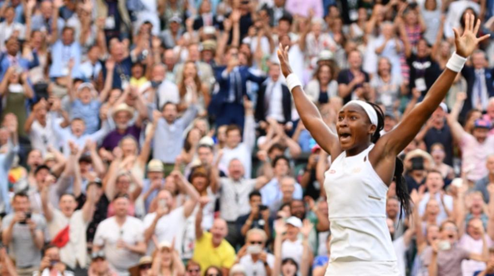 صورة «كوكو»: نجمة التنس والوجه الإعلاني المفضّل