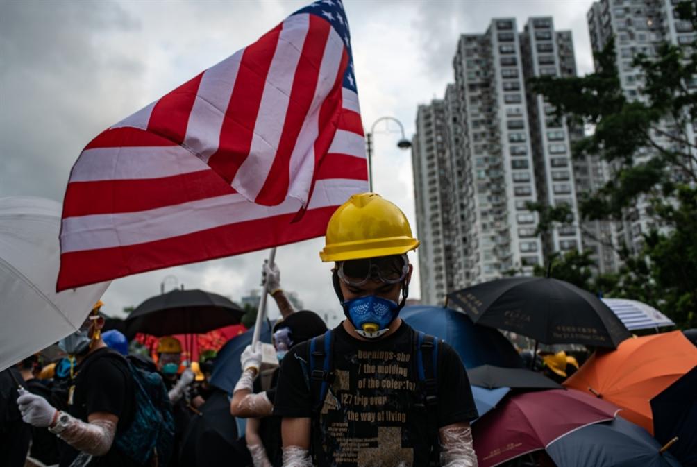 متظاهرو هونغ كونغ لترامب: من فضلك حرِّرنا!