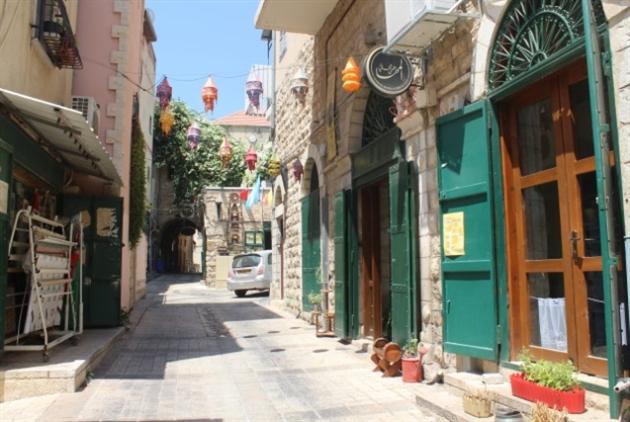 سوق الناصرة القديم: إسرائيل تُغيّب وجه المدينة