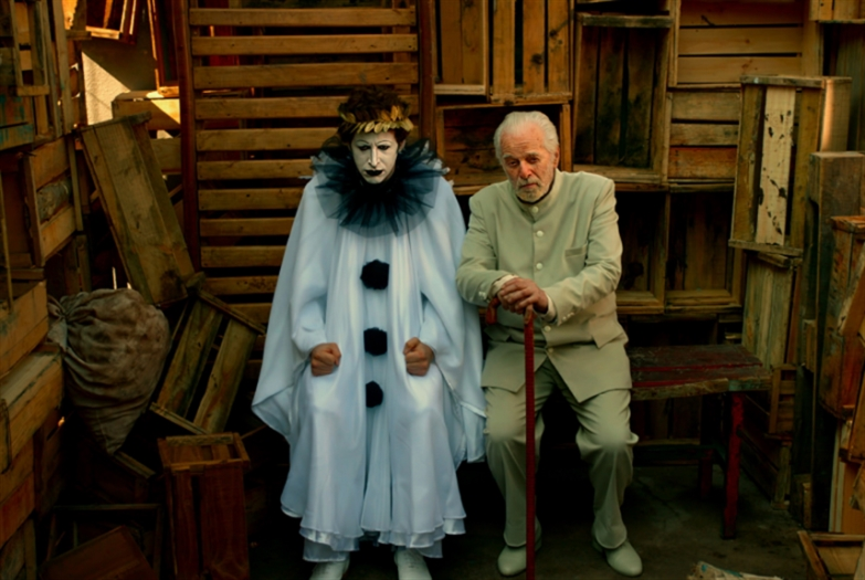 «رقصة الواقع» على يوتيوب: أليخاندرو خودوروفسكي ليس مجنوناً