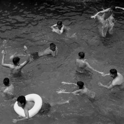 «غزو» المسبح الشعبي في الرملة البيضاء: بلدية بيروت تخطط لمشروع «سياحي»  جديد؟
