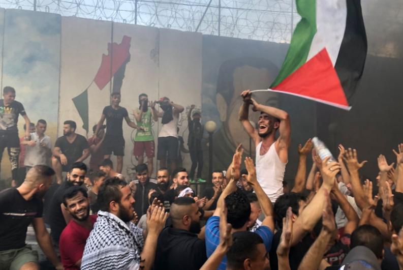 لجنة متابعة صيداوية لإقرار الحقوق المدنية: احتجاجات الفلسطينيين تتواصل في مخيمات صيدا