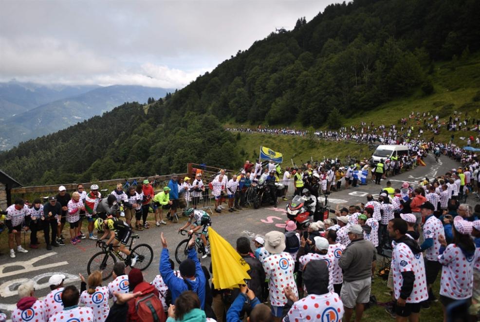 سباق الدرّاجات الأشهر... تظاهرة سياحية بقالب رياضي