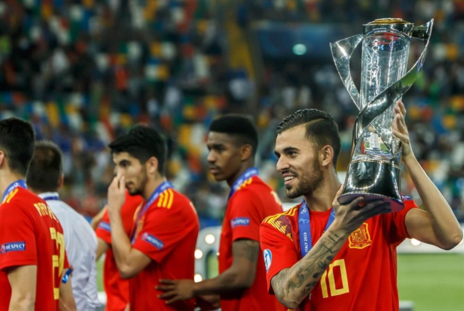 ورثة الجيل الذهبي...«أشبال إسبانيا» يسيطرون على أوروبا