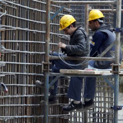 «مكافحة» العمالة غير الشرعية باب التحايل مفتوح