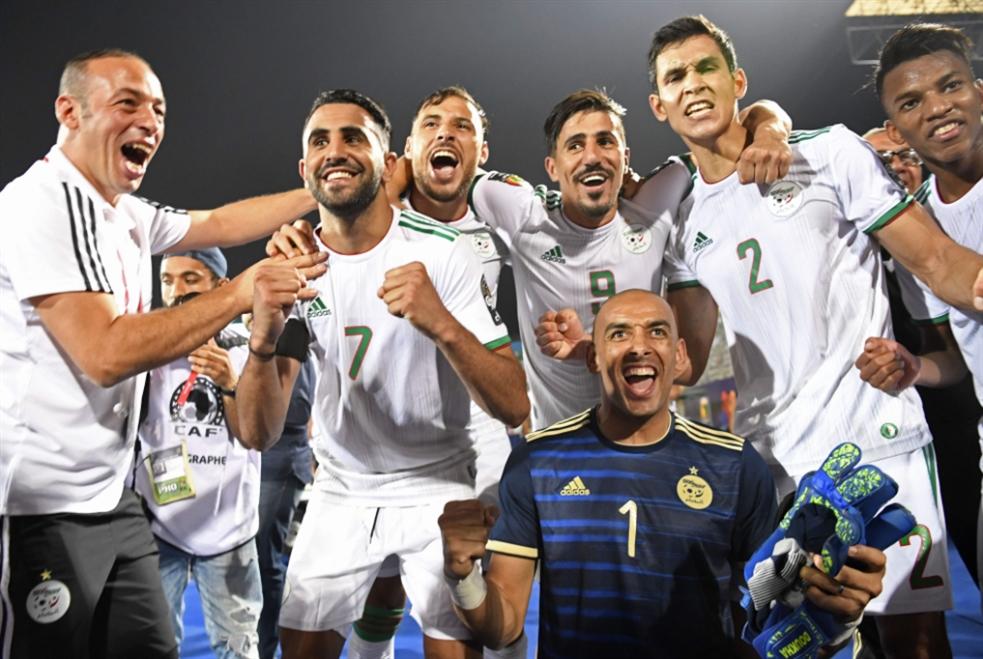 تأهل مريح للجزائر بثلاثية نظيفة