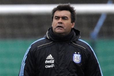 رحيل بطل العالم الأرجنتيني