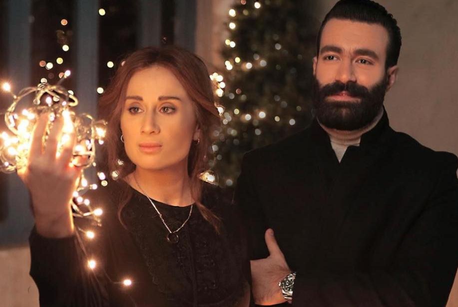 أجواء الكريسماس تجمع كارين وجيري