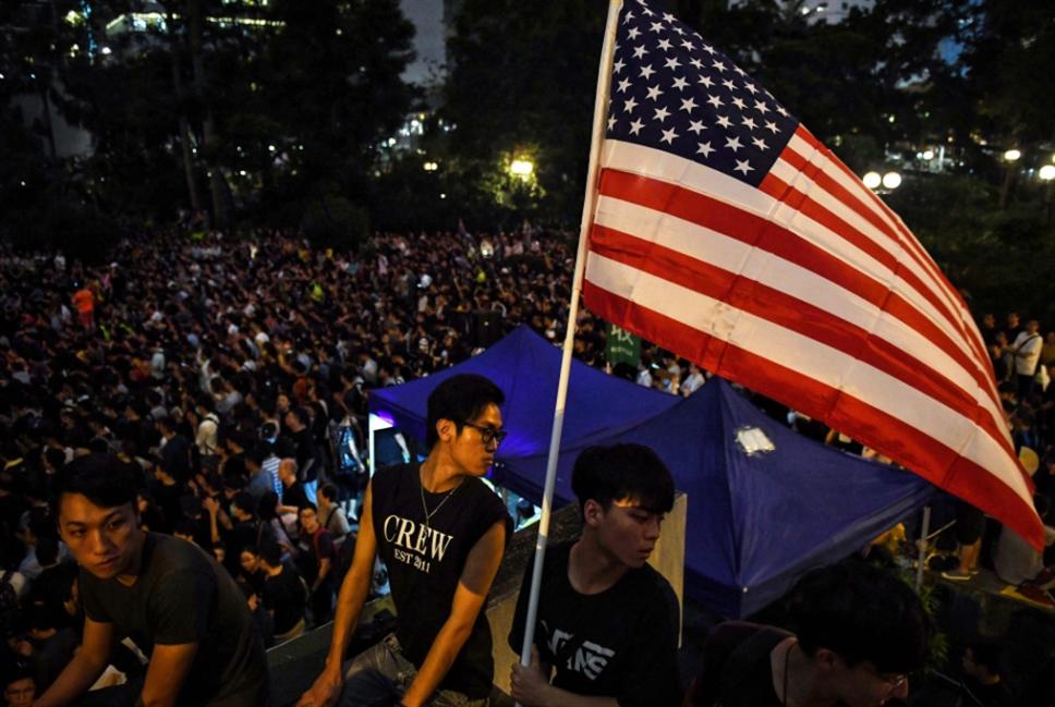 بولتون يحذّر الصين: لا تكرّروا أحداث الماضي في هونغ   كونغ