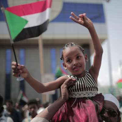 إرجاء حلّ «العسكري» أولى العثرات: «فرح السودان»  لا يكتمل