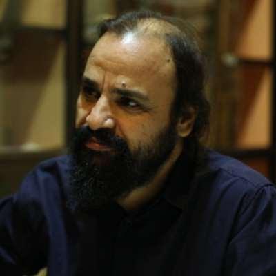 «الأخبار» تلتقي محمد عبد العزيز في كنيسة «مشتى الحلو»