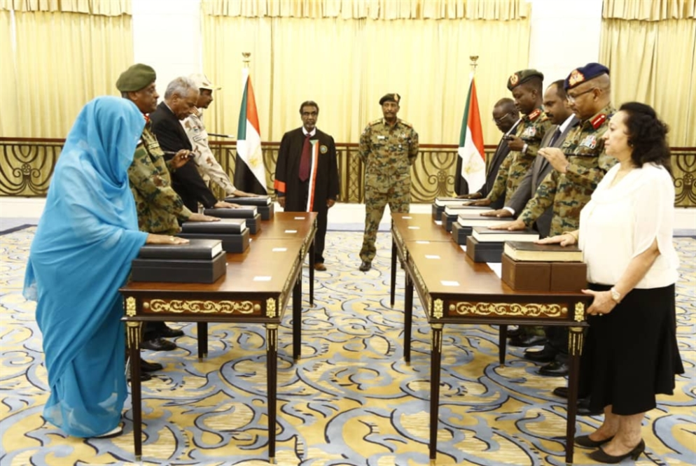 تشكيلة «المجلس السيادي» في السودان: كفّة العسكر هي الراجحة