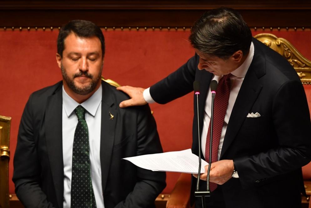الأزمة الإيطالية تنتظر الحل: حكومة ائتلافية أو رئاسية تدعو إلى انتخابات مبكرة